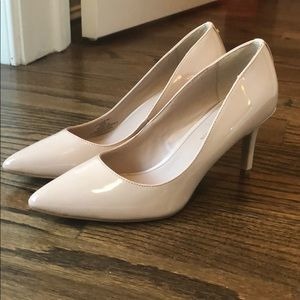 NEW BCBG heels